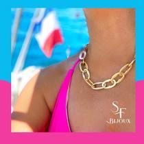 ☀️ Revivre des souvenirs frais de l'été dans la chaleur de septembre.  Collier en acier doré  🛒🛍Achetez en ligne ou sur place à la boutique. Infos dans bio.  www.saintefoy-bijoux.fr #saintefoybijoux #bijouxsf #collieracierdoré #steeljewelery #goldplatedsteel #necklace #collier #chain #chaine #goldplatedjewelry #beautiful #love #bijou #bijoufantaisie #saintfoybijoux #fashiontrend #fashionjewellery #chainedoré #instabijoux #ladiesjewelry #instadaily #instajewelry #wholesalejewelry #pariswholesalejewellery #grossisteenligne #grossistebijoux #frenchjewellery #bijouxfrancais #necklace #bijouxparis
