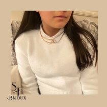 Chaining it together - gold and rhodium snake chains.  www.Saintefoy-bijoux.fr  #collier #necklace #layerednecklaces #bijouxsf #chaines #sfbijoux #bijouxaddict #jewelry #rhodiumchain #necklaceoftheday #goldplatedchain #chainesplaqueor