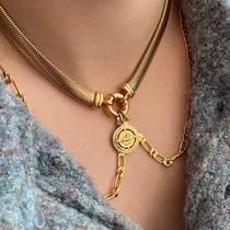 Courage aux Sagittaires!  Le Sagittaire a besoin de sa liberté et cette période de confinement ne va pas être facile pour lui…   Prenez soin de vous tous!  #collier #necklace #zodiaquedujour #sagittaire #sagitarius #layerednecklaces #bijouxsf #chaines #sfbijoux #bijouxaddict #jewelry #zodiacpendant #zodiaquependentif #necklaceoftheday #chainesplaqueor