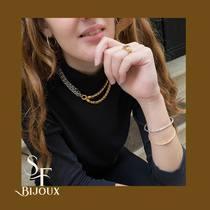 Colliers entrelacés, les must de la saison, à porter sans discrétion.   #colliers #bijouxsf #sfbijoux #necklaces #maillepalmier #bijouxchic #bijouxlovers #bijouxaddict #bijouxtendance2020 #jewelryaddict #instajewelry #beautypop #parisianchic #parisianstyle #parisjewelry